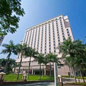 Legend-hotel-Saigon-1